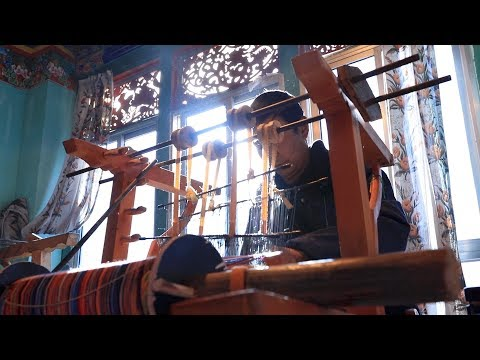 Poverty relief in Tibet -- episode four: Government's financial aid boosts business