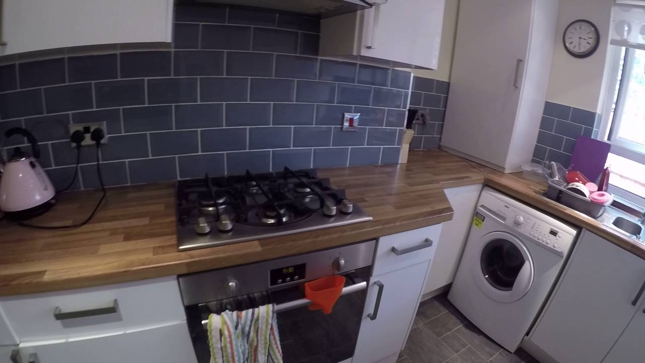 Rooms to rent in bright 5-bedroom flatshare in Hammersmith and Fulham