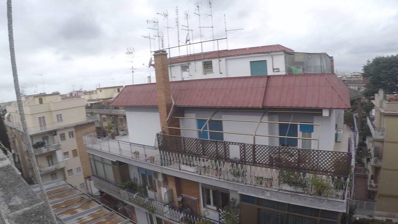 Bright rooms in 3 bedroom apartment with terrace near Università Cattolica del Sacro Cuore