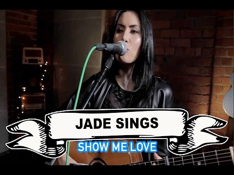 Jade Sings Video