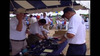 Jerry Miculek 1999 World Record shooting (behind the scenes)  Fastest shooter in the world!