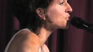 Ani DiFranco - J (Live 2010)