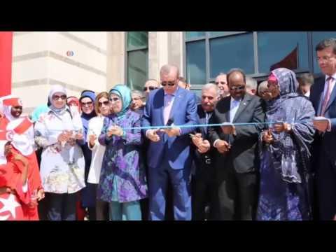 Erdogan achève sa tournée en Somalie