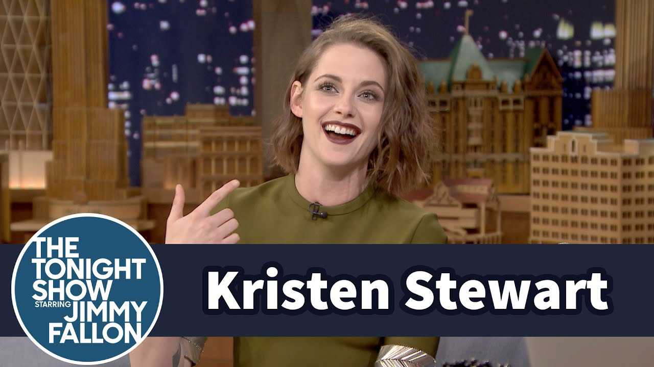 Kristen Stewart Is the First American Actress to Win France's Cesar Award thumbnail