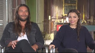 Джессика Паркер Кеннеди, 'Black Sails' Season 2 Interview: Zach McGowan and Jessica Parker Kennedy