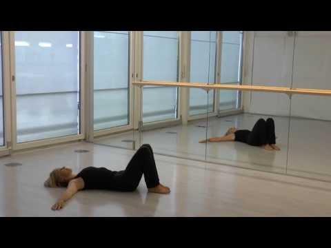 Der Komplex der Öbungen auf die Verstärkung der Muskeln des Rückens und die Haltung