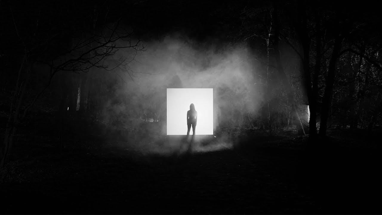 Martin Garrix, Matisse & Sadko ft. Alex Aris — Mistaken