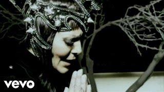 Mentiras Piadosas - Alejandra Guzmán  (Video)