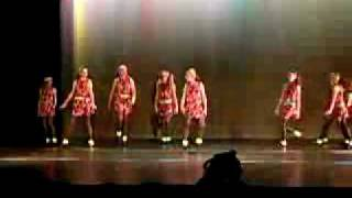 Random Dancing (Song-Chewing Gum by Annie)