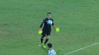 Смотреть онлайн Голкипер забил гол через все поле