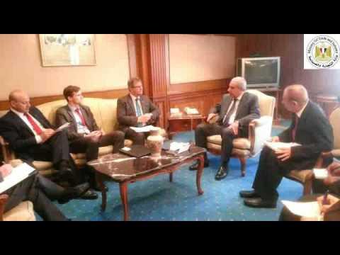 جلسة مباحثات الوزير/طارق قابيل مع السيد/ جيفرى دونالدسون المبعوث التجاري لرئيس الوزراء البريطاني