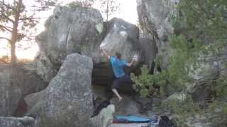 preview picture of video 'Italian Chicka's 7a - Maunoury - Fontainebleau'