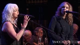 Emmylou Harris & Alison Krauss – All I Have to Do Is Dream (Live)