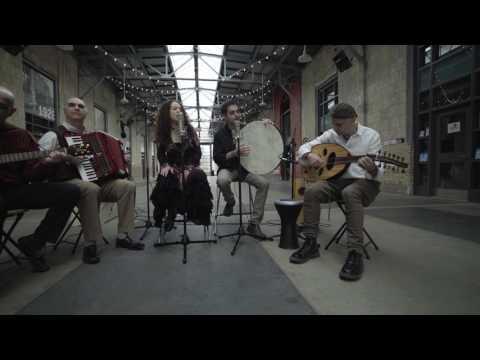 Una Interpretación Musical En Hebreo Por Maayan Band