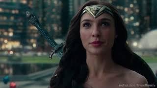 С ним что-то не так. Супермен против Лиги Справедливости. Лига справедливости (2017) 4K ULTRA HD