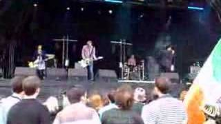 Art Brut - Pump Up The Volume