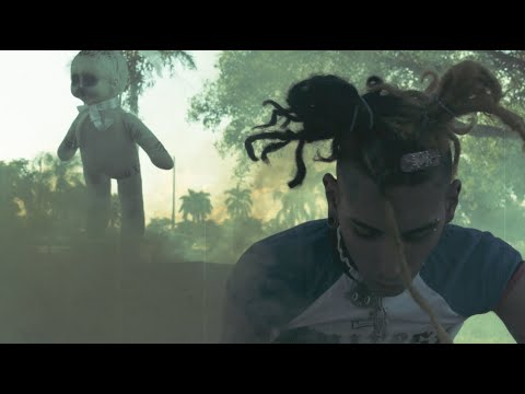 """Trassh Vampire """"Suicide !"""" Official Music Video (Shot by Six20Visuals)"""