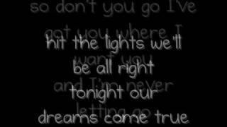 Hit The Lights - All Time Low (Lyrics)