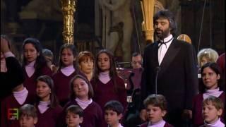 17.Andrea Bocelli - ''Astro del ciel''. ( Silent night ) Gruber. ( Sacred Arias ).