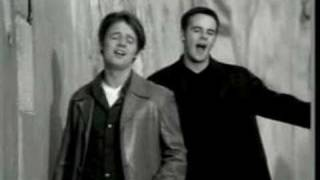 Ant & Dec - Falling -- [STEREO]