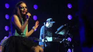 "CHVRCHES ~ ""Really Gone"" acoustic performance @Live Music Hall Cologne 2018"