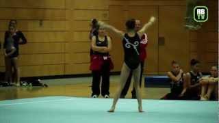 preview picture of video 'Stella Bruzzo - Kunstturnen Damen - Regionalliga Mitte 2012 - 3. Wettkampftag'
