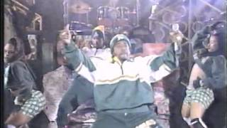 Mc Hammer - Pumps and a Bump (live)