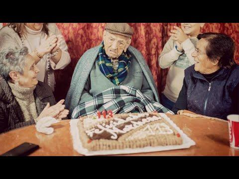 Addio all'uomo più longevo del mondo: morto a 113 anni Francisco Nunez Olivera