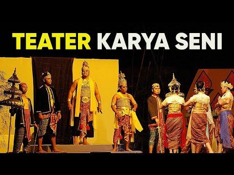 Teater Malaysia macam rumah 'berhantu'. Yeke?