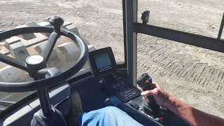 How to operate a compactor roller (Atlas Copco Dynapac CA2500) Part 1 (basics)
