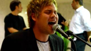 Theo Tams - Wait For You - Busking for Change (War Child benefit) - Sept 29, 2009