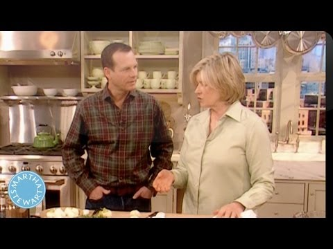 St Patrick's Day - Bill Paxton Cooks Corned Beef and Cabbage - Martha Stewart