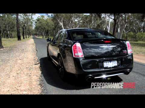 2013 Chrysler 300 SRT8 Core engine sound and 0-100km/h