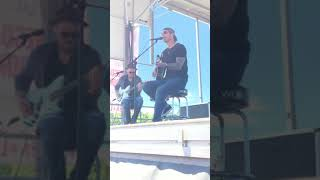 Brett Young - You Ain't Here to Kiss Me (acoustic 04/18/2018)