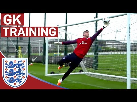 World class GK reactions from Hart, Forster & Heaton (England Goalkeepers) | Inside Training