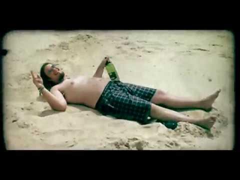 Ejakulujici Kokos - Ejakulující Kokos - Ležím na pláži (Official music video)