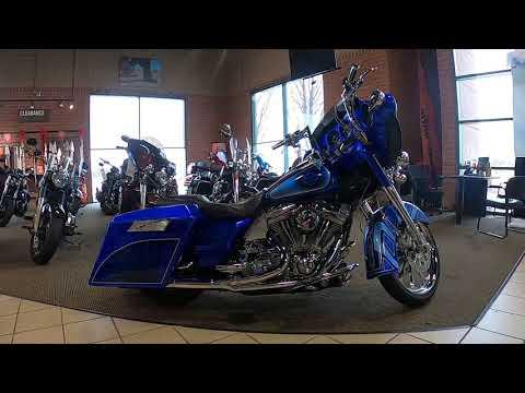 2004 Harley-Davidson Screamin' Eagle Electra Glide FLHTCSE