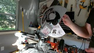 "How to replace saw blade in Chicago Electric 10"" Compound Miter Saw"