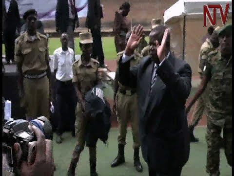Local government leaders kick Kahinda Otafiire out of meeting