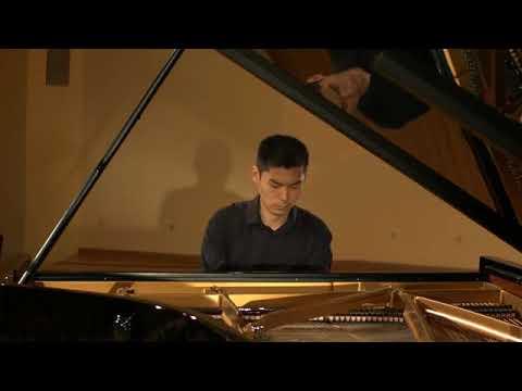 Bach/ Busoni Chaconne in D minor BWV 1004 ( Sergey Kim)