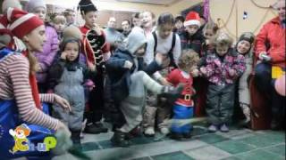 Кукольный спектакль для детей (марионетки).