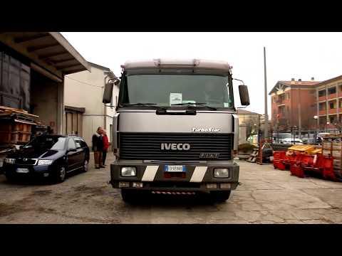 Ecco un camion Iveco 190.33 TurboStar  operativo nel trasporto materiale edile