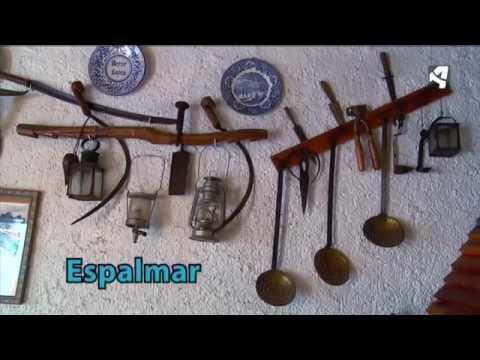 """Federico visita a unos vecinos de Almonacid de la Sierra que acaban de hacer la """"matacía"""