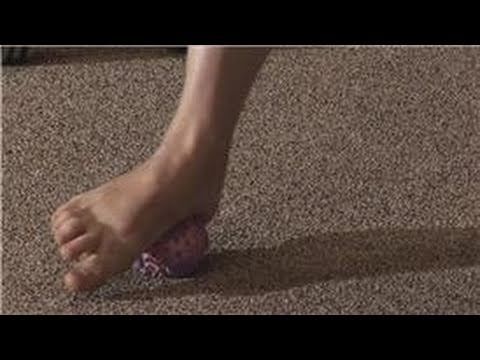 Video Fitness Tips : Exercising While Treating a Heel Spur