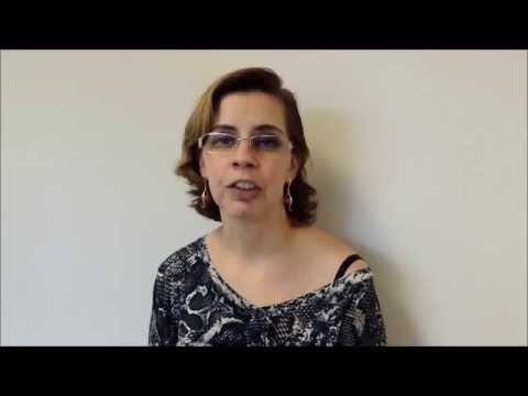 Formulação de um diagnóstico de doença hipertensiva encenar o grau de risco