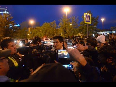 Прямой эфир со встречи мэра Екатеринбурга с протестующими защитниками сквера