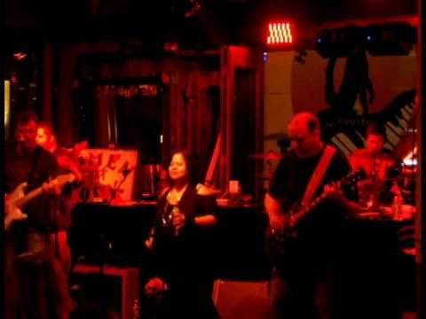 Barracuda performed by L.A. Under Cover (Cover Band) @ Howl at the Moon - Universal CityWalk