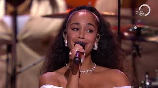 John Legend Performs Happy Xmas (War Is Over) With Jorja Smith | Global Citizen Prize 2019