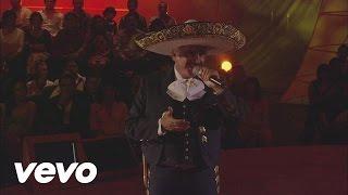 Vicente Fernández - Bésame Mucho (Live)