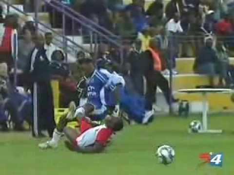 vidéo - tacle assassin broken leg - club Football MARVEJOLS